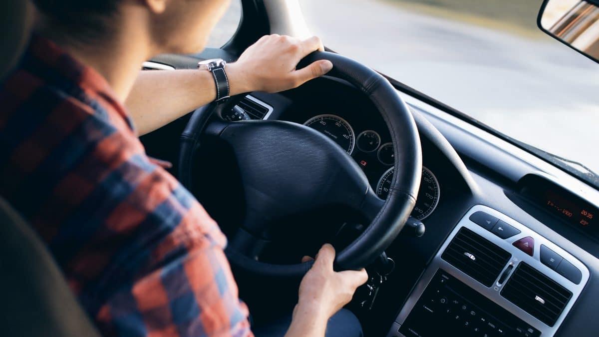 conduite voiture motifs suspension permis